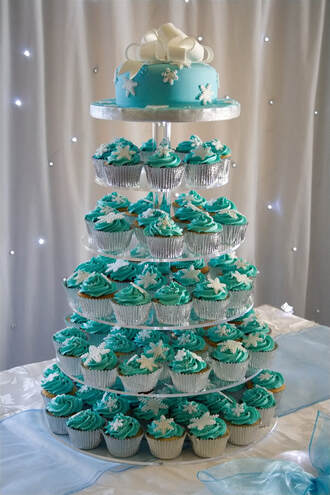 Christmas Wedding Cupcakes